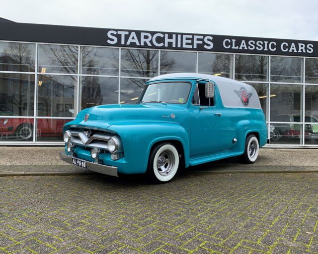 Ford F100 Custom Panel Van 1955